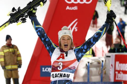 Anna Swenn-Larsson second in the Night Slalom in Flachau