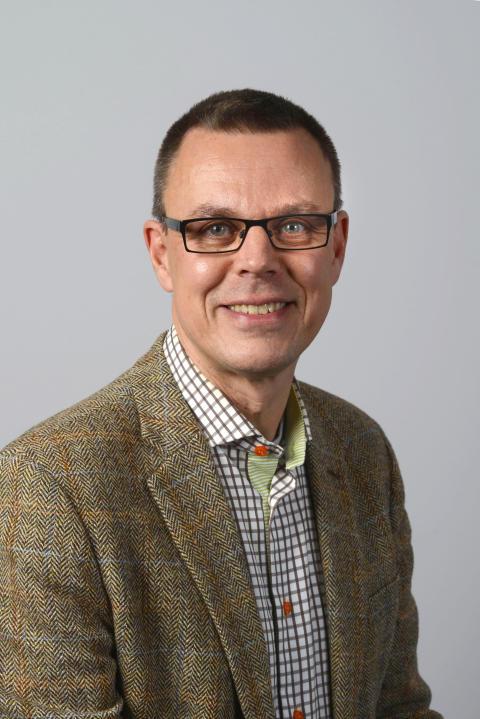 Peter Edholm (L)