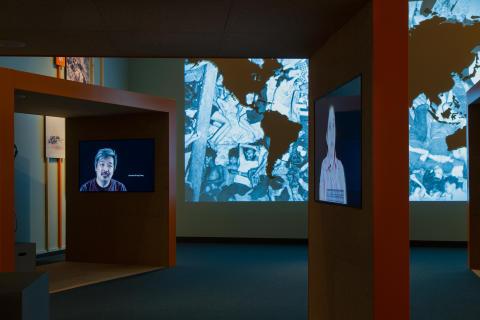 Min flykt över havet - utställningsbild 2