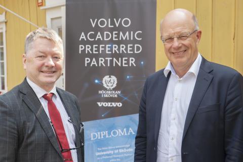  Nytt avtal stärker samarbetet mellan Volvokoncernen och Högskolan i Skövde