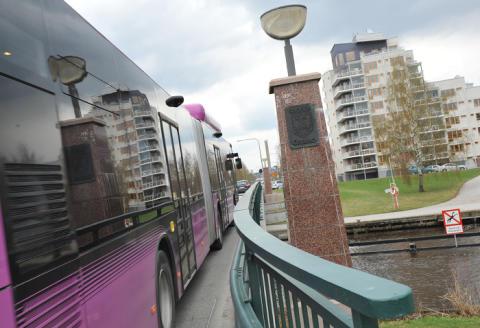 Skebäcksbron i Örebro öppnas för dubbelriktat biltrafik