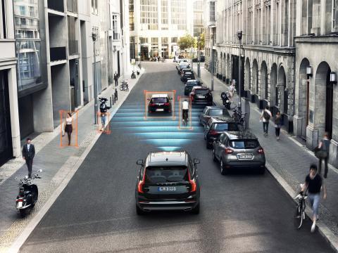 Volvo_Cars_and_POC_develop_world-first_car-bike_helmet_crash_test 7
