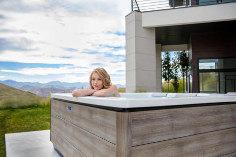 Modern European design with a natural look – Just Silence and Just Silence Compact outdoor hot tubs now in new Timber shade