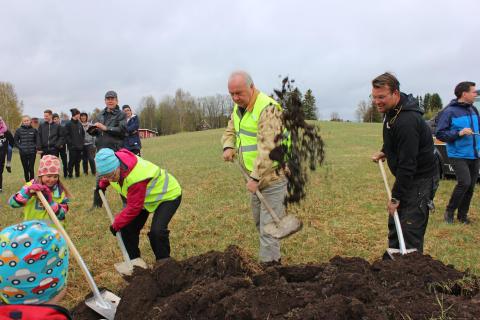 Bergs Hyreshus AB har idag, 18:e maj,  haft byggstart för ny förskola i Myrviken