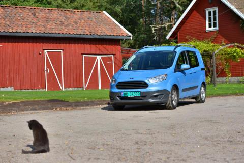 Nye Transit Courier fra Ford har allerede blitt svært populær blant norske varebilkjøpere.