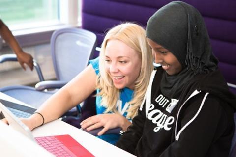 Sigma satsar på utbildning av unga kodare tillsammans med Kodcentrum