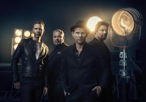 """Bo Kaspers Orkesters hyllade show """"Allt ljus på oss"""" till Linköping"""