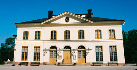 Operas by Cimarosa and Mozart at the Drottningholm Court Theatre this summer