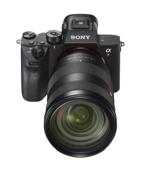 Nouvel appareil photo plein format à objectif interchangeable α7R III de Sony : alliance inédite de résolution et réactivité