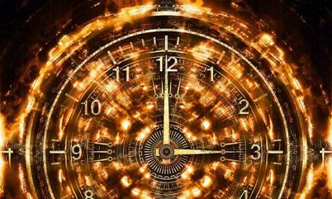 När ställer man om klockan?