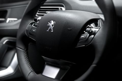 Ratten på nya Peugeot 308