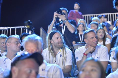 Svenska fallskärmshoppare på World Air Games i Dubai