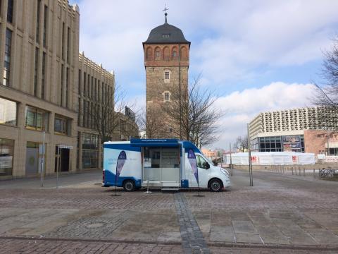 Beratungsmobil der Unabhängigen Patientenberatung kommt am 19. September nach Chemnitz.