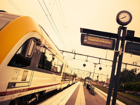 Inbjudan Almedalen: ny rapport om kollektivtrafik för nya funktionella regioner