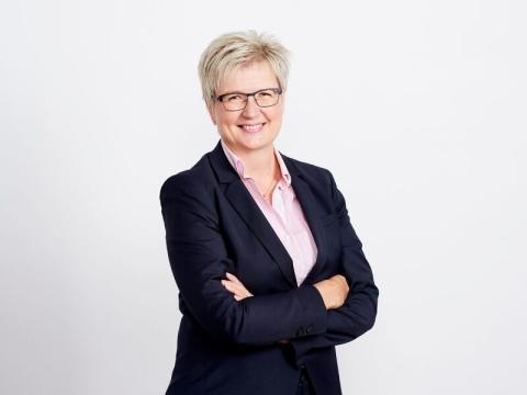 Säästöpankkiliitolle uusi hallitus: puheenjohtajaksi miljardipankiksi nousevan Aito Säästöpankin toimitusjohtaja Pirkko Ahonen