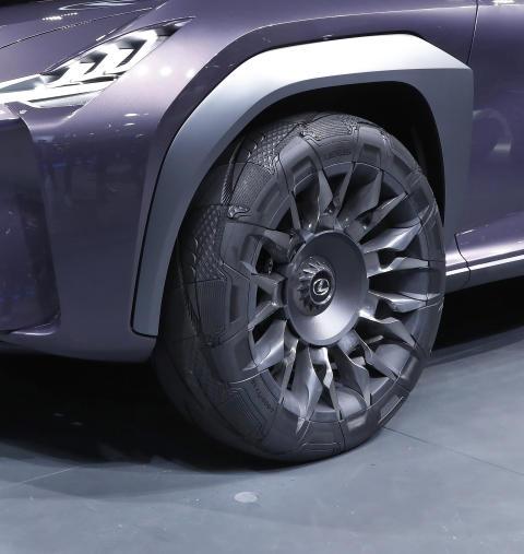 Goodyear er stolte over å kunne presentere sin «Goodyear Urban CrossOver» – et spesialtilpasset konseptdekk for den nye konseptbilen Lexus UX