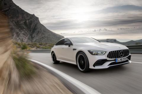 Første 4-dørs coupé fra Mercedes-AMG nu til salg i Danmark