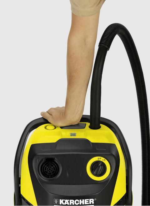 Filtret rengörs genom ett enkelt knapptryck på dammsugarens ovansida.