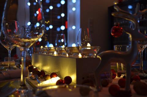 Ile zostawiamy na świątecznym stole? Wyniki najnowszego raportu