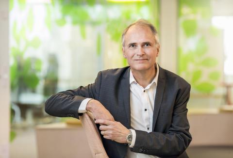 Lars Kämpe, tf. pressansvarig