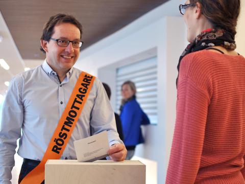 Kommunen söker röstmottagare till valet i höst
