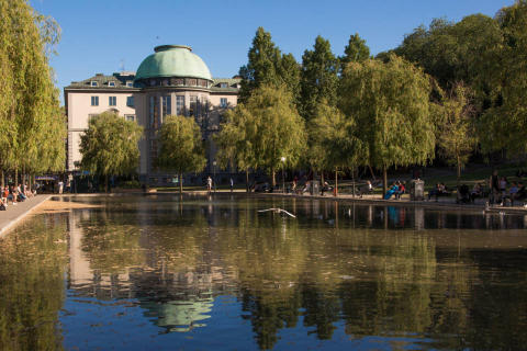 New international executive education program focusing on green bonds and sustainable finance  - bankers from emerging markets are invited to Stockholm