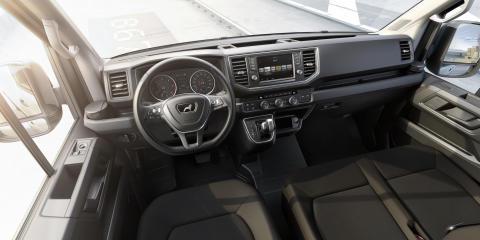 Den nye MAN TGE er en alsidig varebil, men førerpladsen byder på personbilskomfort