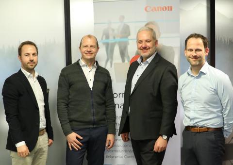 Fra venstre: Svein-Erik Myhr (Canon Norge), Pål Reinert Bredvei (Documaster), Henrik Klemetsen (Canon Norge) og Simen Sandberg (Documaster)