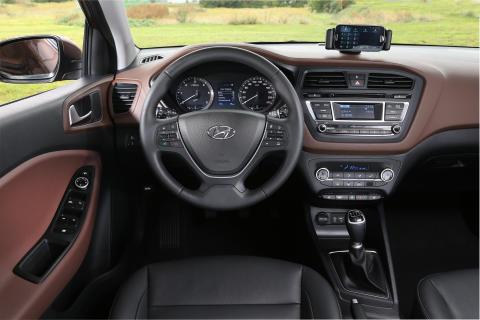 Nye Hyundai i20 (dash)