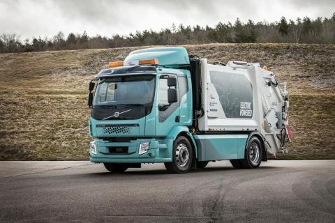 Världspremiär för ny eldriven sopbil