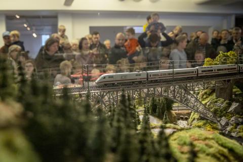 Modelljernbaneåpning_4