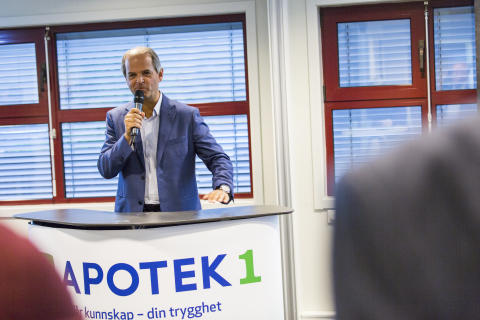 Øyvind Winther, adm. direktør I Apotek 1 åpnet arrangementet
