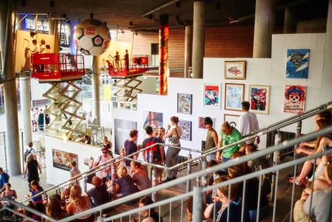 Mehr als 12.000 Besucher waren 2015 ins Stadion des FC St. Pauli zur Millerntor Gallery gekommen