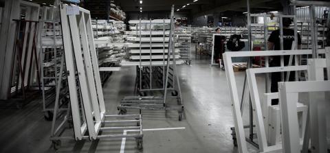 Inwido Sverige anställer cirka 100 medarbetare vid anläggningarna i Vetlanda och Lenhovda
