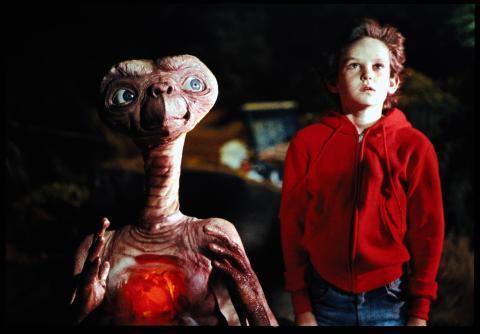 E.T. & Elliott