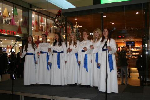Göteborgs Lucia 2012 i Nordstan