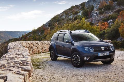Spar næsten 10.000 kroner på din Dacia Duster