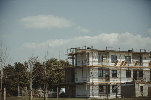 Tillväxt för den byggrelaterade detaljhandeln under årets inledning