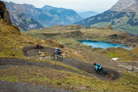 Voll der Flow am neu eröffneten Jochpass Trail Engelberg  (Luzern – Vierwaldstättersee)
