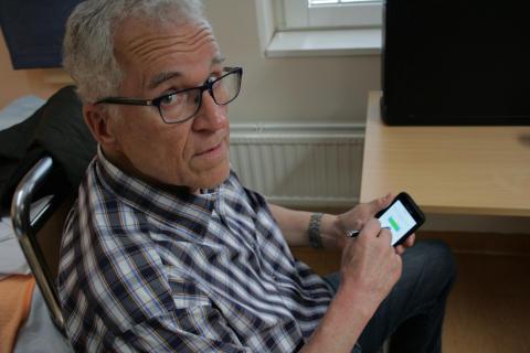 Självregistrering i hemmet ska förbättra Parkinsonbehandling