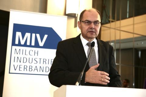 Milchindustrie diskutiert Agrarpolitik, MIV tagt in Berlin
