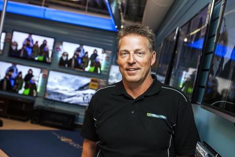 Niclas Jönsson, Elgiganten Alingsås