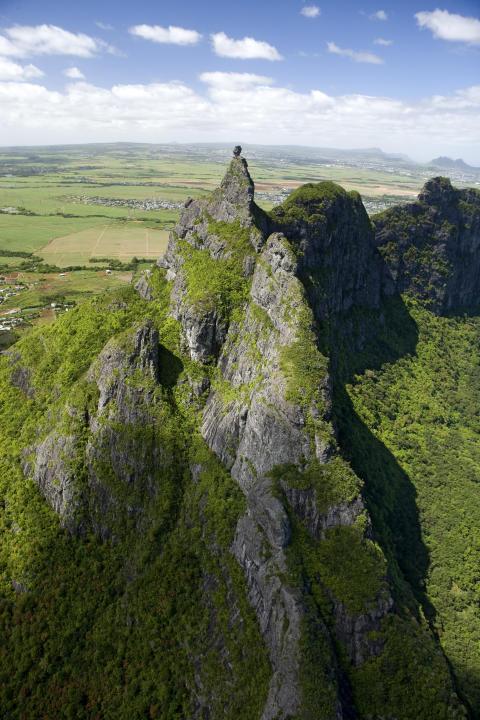 Pieter Both, Mauritius