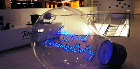 "Meet the ""Pioneers of Digital"" - Like Minds Business Breakfast with Prof. Paul Springer"