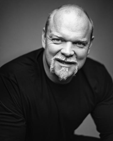 Magnus Samuelsson, Frontperson Batterijakten