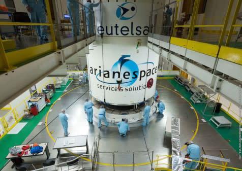 Eutelsat unterzeichnet mit Arianspace langfristiges Serviceabkommen für Satellitenstarts