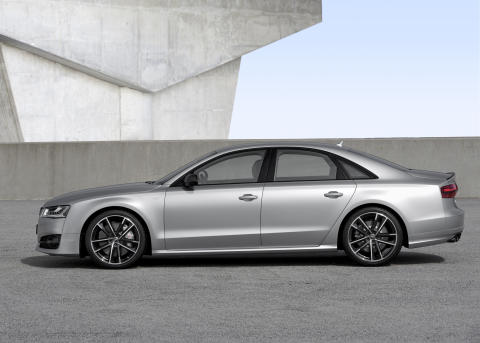 Audi S8 plus i Florett Silver matt static left side