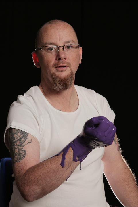 Basildon stroke survivor backs charity art project