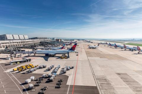 Vorfeld Flughafen Stuttgart