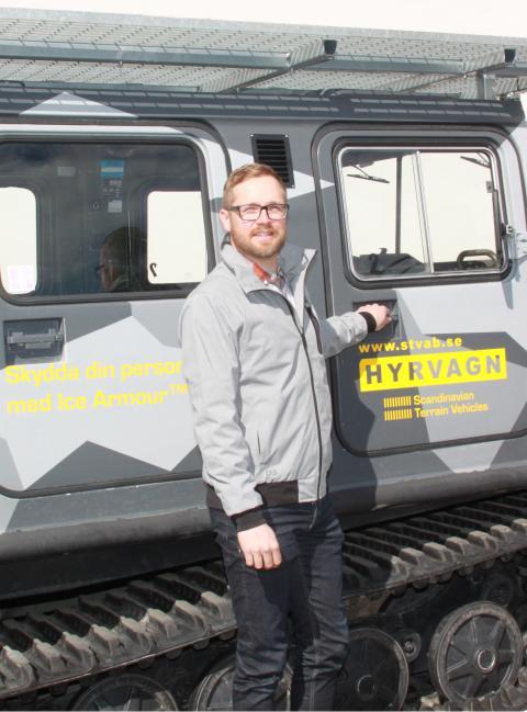 Bandvagnstillverkaren anställer säljare med internationellt fokus